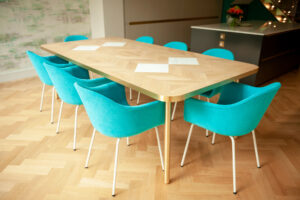 Gutherie & Kirkwood - Table chairs